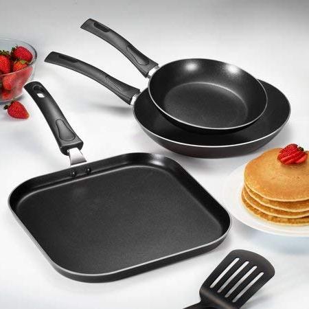 everyday black nonstick fry pan